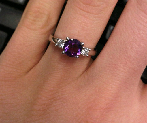 How to Buy an Engagement Ring clarity
