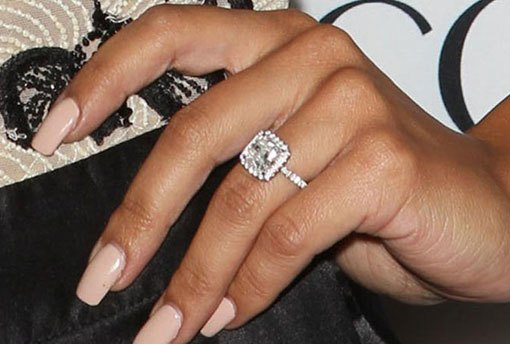 How to Buy an Engagement Ring Quality