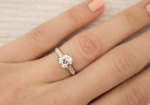 How to Buy an Engagement Ring Preference