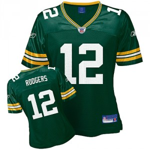 Gifts for her: NFL jersey for women