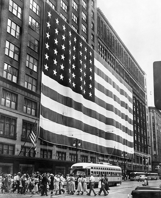 Detroit Flag Photos: Detroit Looking Far Less Detroity