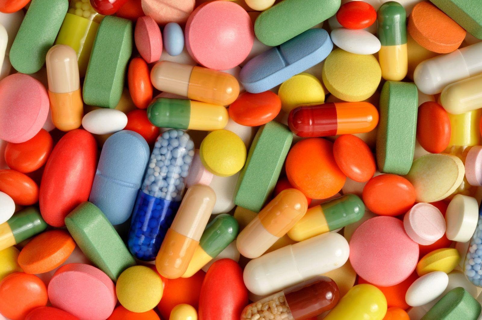 best vitamins for men vitamin b and d