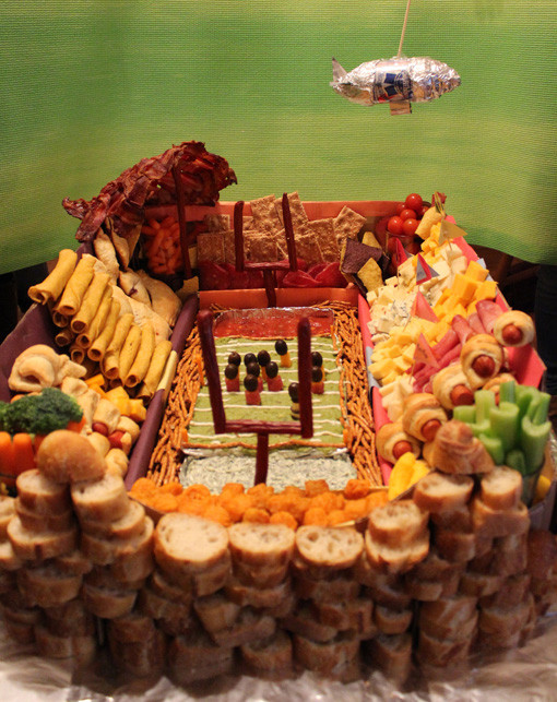 10 Amazing Super Bowl Stadiums …Made Out Of Food blimp