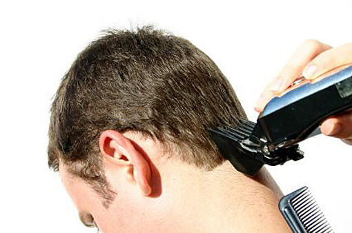 5 Hair Clippers And Trimmers For Guys
