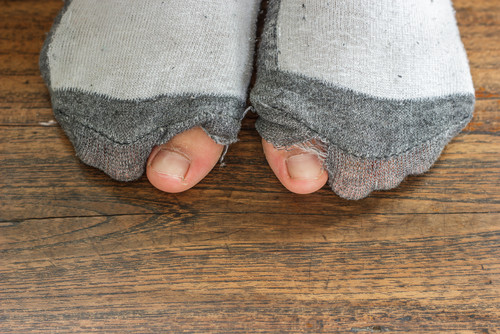 how to choose the right socks for men