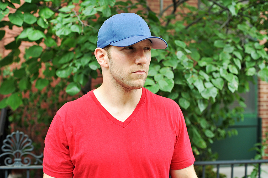 2c62dcb6ac8 10 Ways Guys Wear Baseball Hats (And What Each Style Says About Them ...