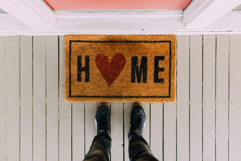 black home area rug 2950003