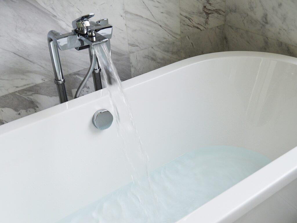 bathtub 890227 1920